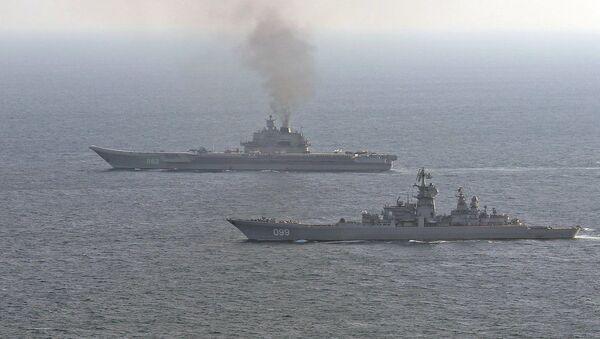 Британские ВМС и ВВС сопровождают российские корабли Петр Великий и Адмирал Кузнецов - Sputnik France