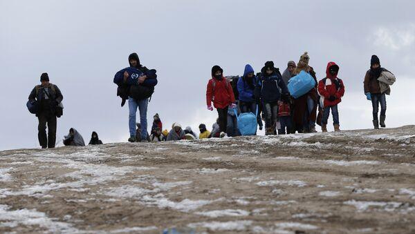 Cette Hongrie accueillante qui héberge les migrants dans des conteneurs - Sputnik France