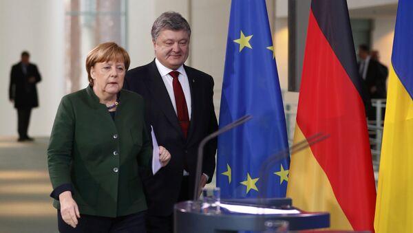 Merkel et Porochenko - Sputnik France
