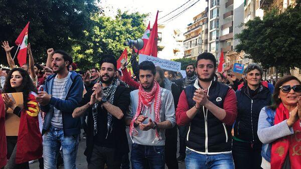 Une manifestation pacifique des militants du Parti communiste libanais - Sputnik France