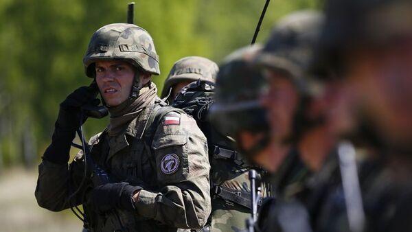 Déploiement de bases de l'Otan en Estonie - Sputnik France