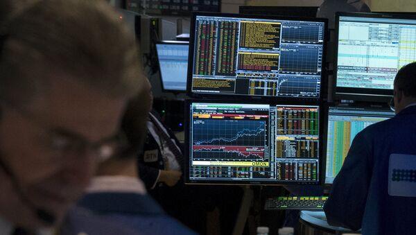 Un terminal Bloomberg à la bourse de New York - Sputnik France