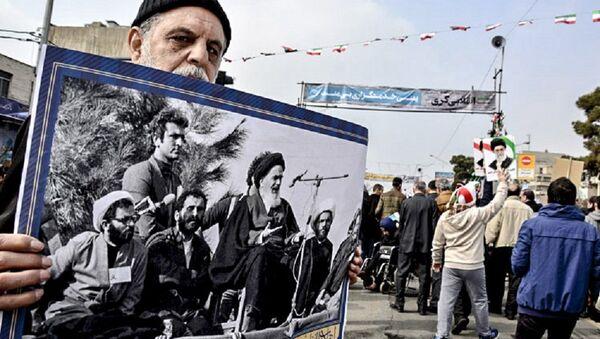 Les manifestations en Iran à l'occasion du 38e anniversaire de la Révolution islamique - Sputnik France