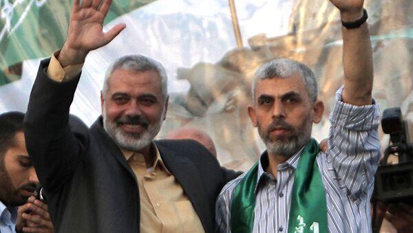 Ismaël Haniya (à gauche) et Yahya Sinwar (à droite), après sa libération en 2011 - Sputnik France