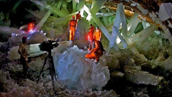 Naica's crystal caves hold long-dormant life - Sputnik France