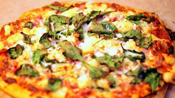 Une pizza à l'ananas - Sputnik France