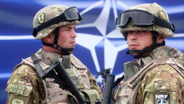 Des soldats de l'Otan - Sputnik France
