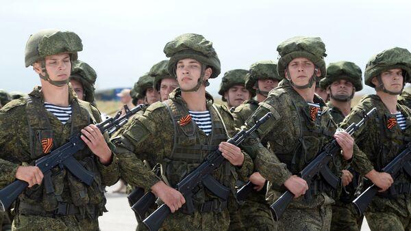 Les militaires russes sur la base aérienne de Hmeimim en Syrie - Sputnik France
