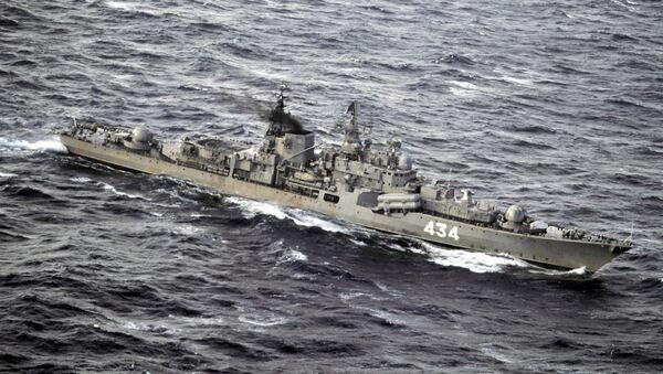 База Северного морского флота РФ в Мурманской области. Большой противолодочный корабль Североморск в Баренцевом море. - Sputnik France