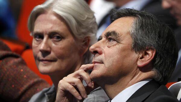 François Fillon et son épouse Penelope - Sputnik France
