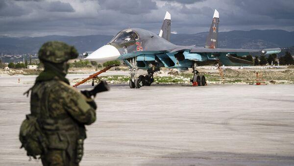 Un militaire russe en Syrie - Sputnik France