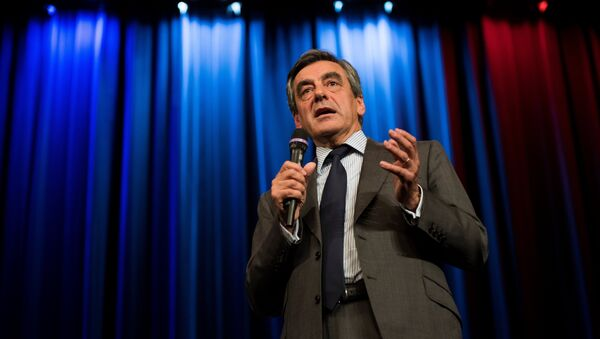 Right-wing Les Republicains (LR) party's candidate for the party's primary ahead of the 2017 presidential election, Francois Fillon (File) - Sputnik France