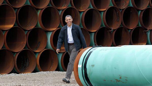 Barack Obama près des tuyaux pour l'oléoduc Keystone XL - Sputnik France