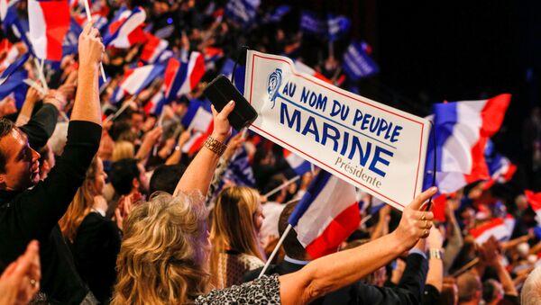partisans de Marine le Pen - Sputnik France