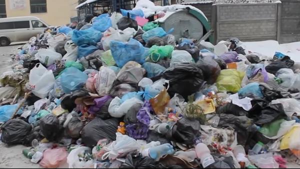 Les ordures à Lviv - Sputnik France
