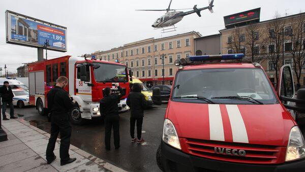 Saint-Pétersbourg après l'explosion dans le métro - Sputnik France