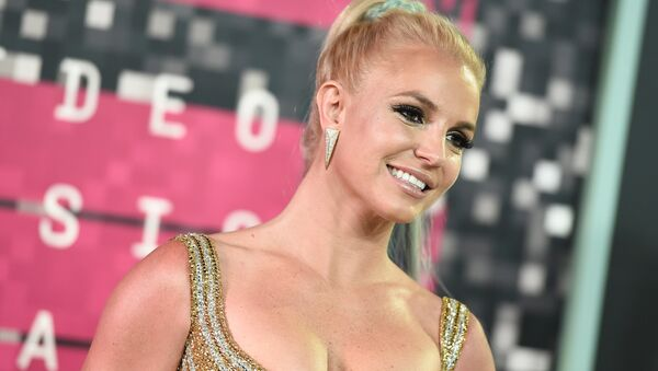 Britney Spears arrives at the MTV Video Music Awards at the Microsoft Theater on Sunday, Aug. 30, 2015, in Los Angeles. - Sputnik France