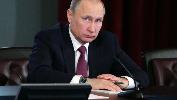Президент РФ В. Путин принял участие в расширенном заседании коллегии МВД России - Sputnik France