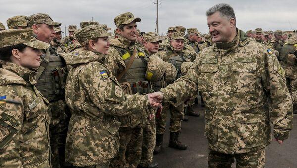 Avant Pâques, Porochenko appelle à la paix et… à se mobiliser pour le retour du Donbass - Sputnik France