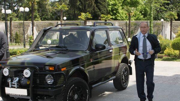 President Putin showing off his Lada Niva in Sochi. - Sputnik France