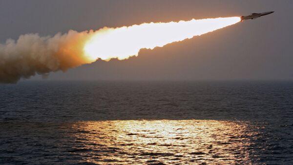 Tir d'un missile hypersonique. Image d'illustration - Sputnik France