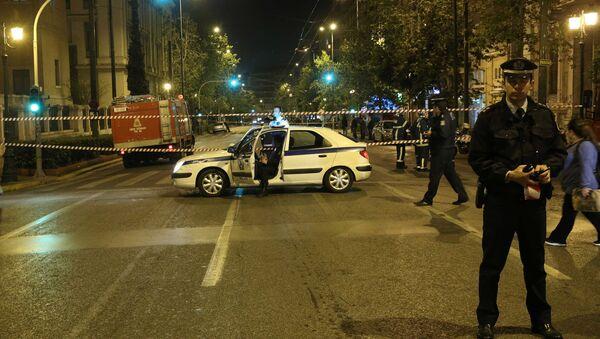 Greek police secure the area after a bomb blast in central Athens, Greece, April 19, 2017. - Sputnik France