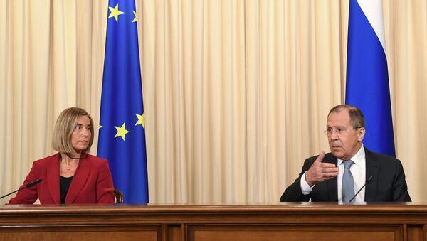 Le ministre russe des Affaires étrangères Sergueï Lavrov et la chef de la diplomatie européenne Federica Mogherini - Sputnik France