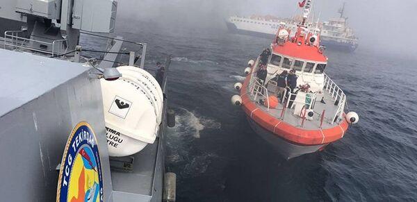 Операция по спасению экипажа судна Лиман в Черном море - Sputnik France