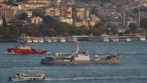 Le navire de renseignement Liman dans le Bosphore (archives) - Sputnik France
