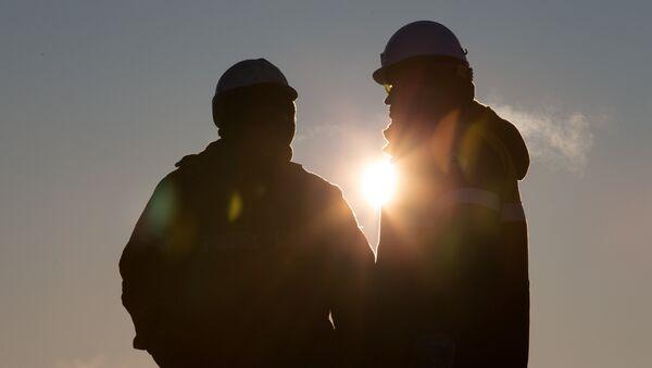 Нефтяная компания Роснефть приступила к бурению скважины Центрально-Ольгинская-1 - Sputnik France
