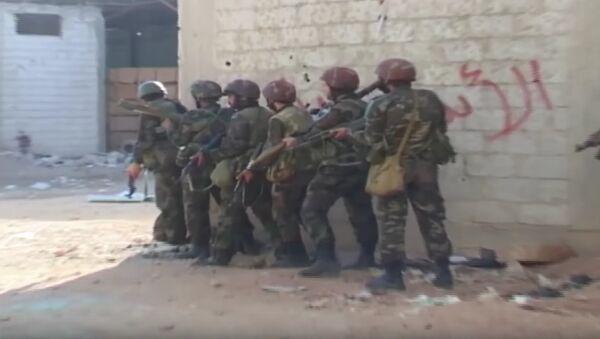 Al Kabun: l'armée syrienne détruit des tunnels stratégiques pour les djihadistes - Sputnik France