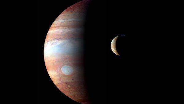 Jupiter et sa lune Io - Sputnik France