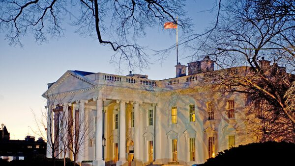 The day breaks behind the White House in Washington,DC - Sputnik France