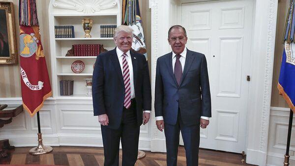 Donald Trump et Sergey Lavrov - Sputnik France