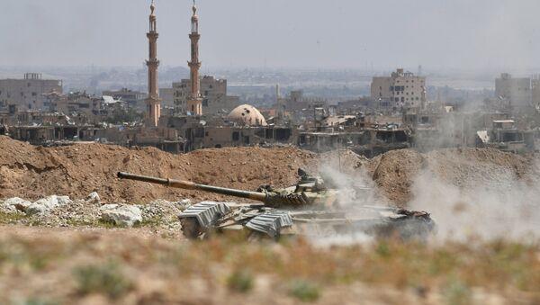 Frappes à At-Tanf: les États-Unis intéressés par le contrôle du pétrole syrien - Sputnik France