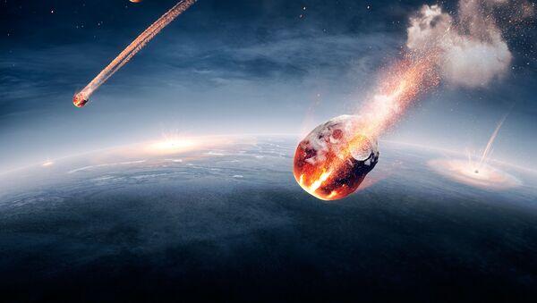 Un corps céleste qui tombe sur Terre - Sputnik France