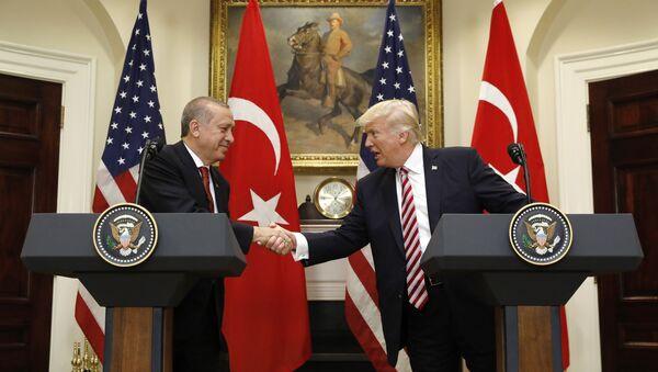 le président turc Recep Tayyip Erdogan et son homologue américain Donald Trump - Sputnik France