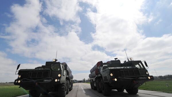 Зенитные ракетные комплексы C-400 во время тренировки парада Победы на военном аэродроме в Ростове-на-Дону. - Sputnik France