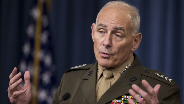 US Southern Command Commander Gen. John Kelly speaks to reporters during a briefing at the Pentagon, Friday, Jan. 8, 2016. - Sputnik France