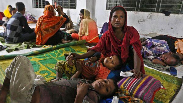 300.000 personnes évacuées au Bangladesh à cause d'un cyclone en approche - Sputnik France