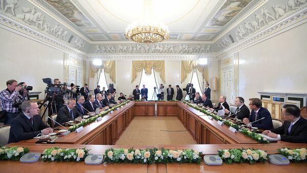 La plus importante délégation au Forum économique de Saint-Pétersbourg était celle des USA - Sputnik France