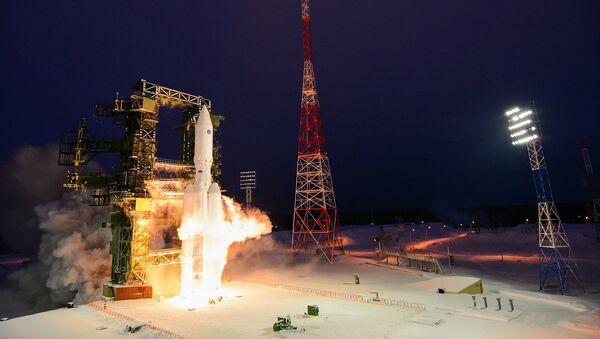 Le lancement d'essai de la fusée Angara-A5 sur le cosmodrome de Plesetsk dans la région d'Arkhangelsk - Sputnik France