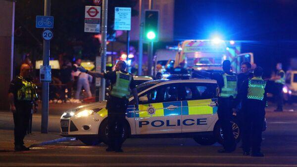 La police assiste à un incident près du London Bridge à Londres, en Grande-Bretagne, le 3 juin 2017 - Sputnik France