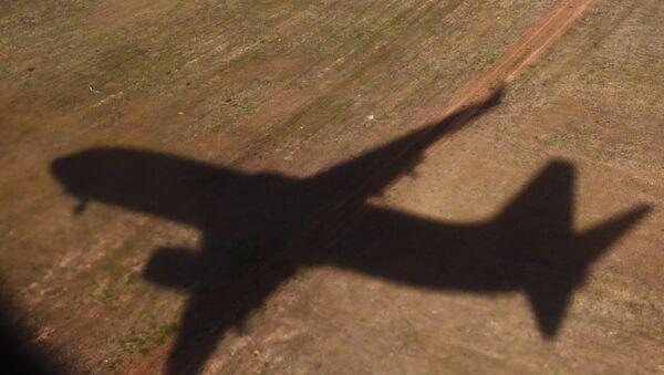 The shadow of a flying plane. (File) - Sputnik France