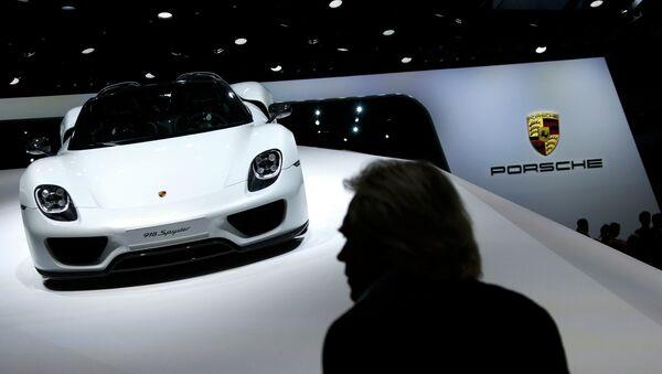 Une Porsche - Sputnik France