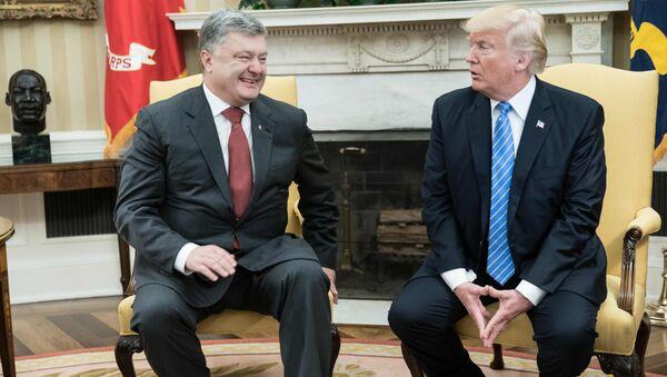 Rencontre entre Donald Trump et son homologue ukrainien Piotr Porochenko - Sputnik France