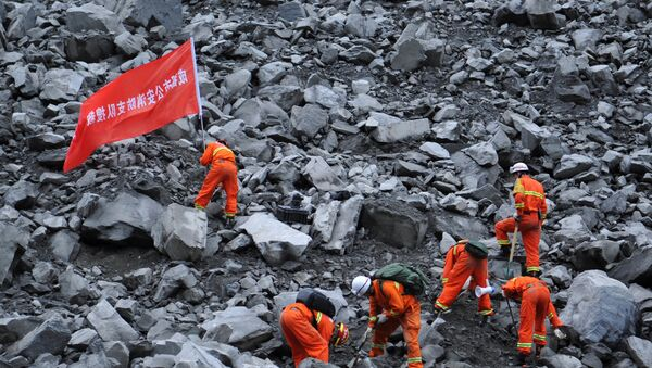 15 morts et 120 disparus dans un éboulement en Chine - Sputnik France