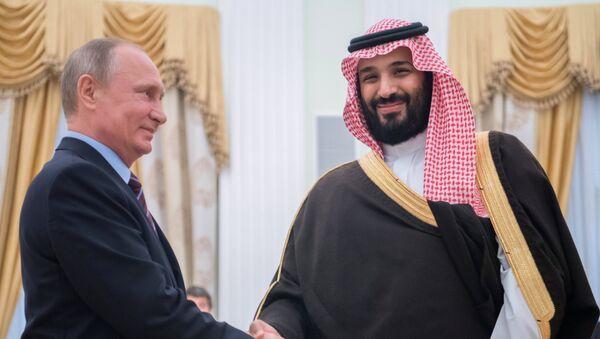 Встреча президента РФ Владимира Путина с заместителем наследного принца Саудовской Аравии Мухаммадом ибн Салманом Аль Саудом - Sputnik France