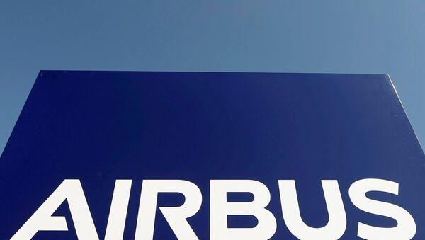 Le logo du groupe Airbus au siège de la société à Toulouse, dans le sud-ouest de la France - Sputnik France