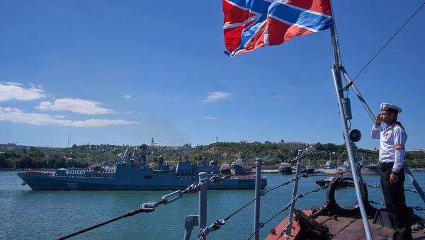 La frégate russe Amiral Essen rentre en Crimée après une mission en Syrie - Sputnik France
